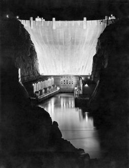 Boulder Dam Lite Up For Tenth Anniversary