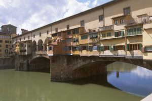 world heritage/building exterior/italy tuscany florence ponte vecchio old