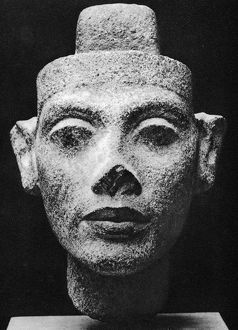 Nefertiti 14th century BC, queen consort of Akenaton (Akhenaten) the heretic pharaoh